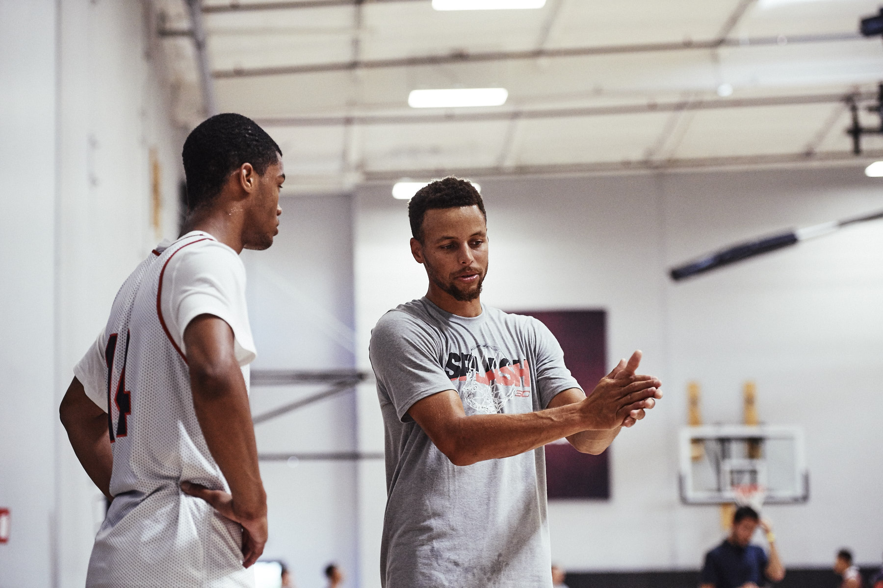 Stephen Curry as mentor and teacher at the SC30 Select Camp