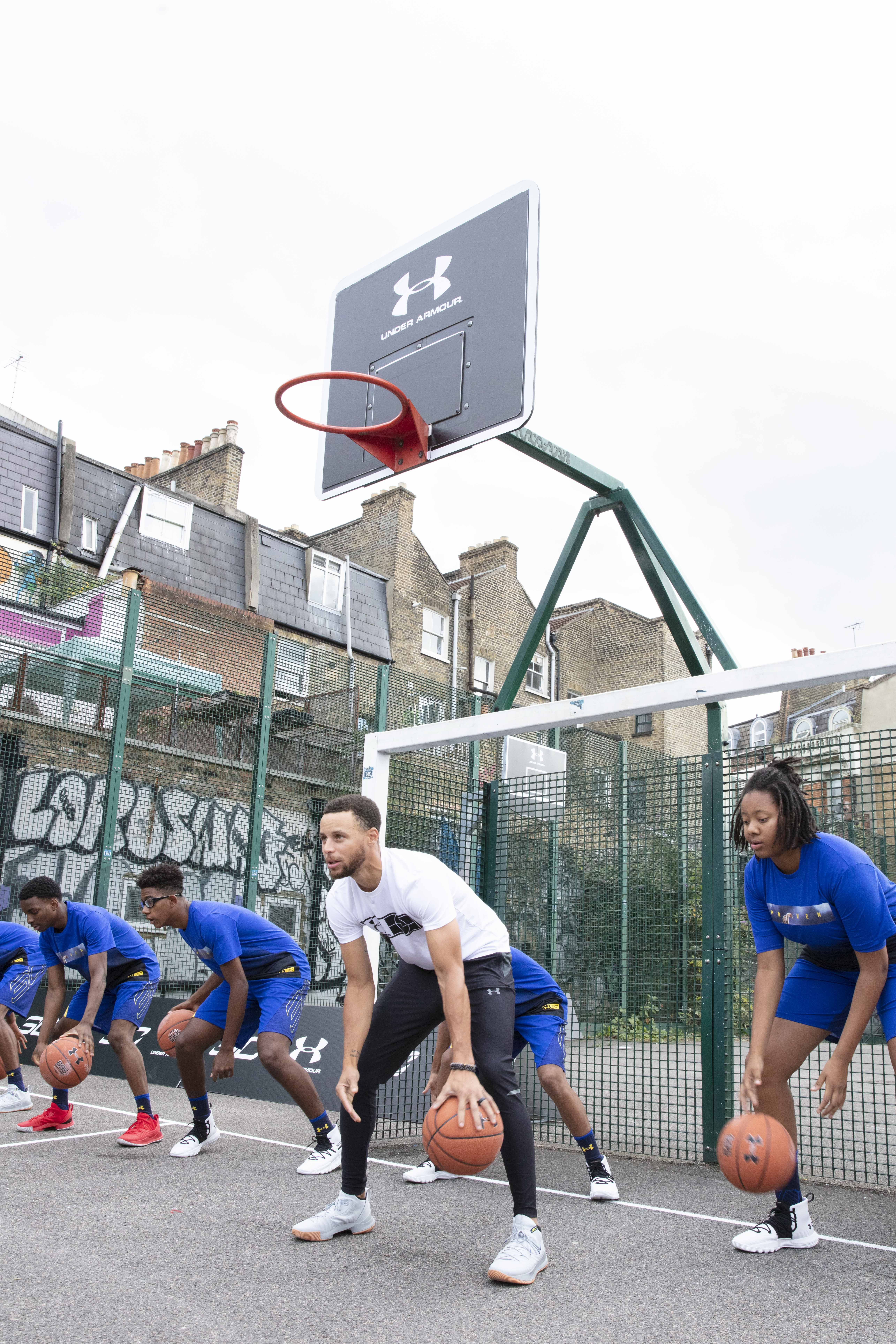 78b3f5fd37bf STEPHEN CURRY KICKS OFF INTERNATIONAL TOUR WITH UNDER ARMOUR ON SEPTEMBER 7
