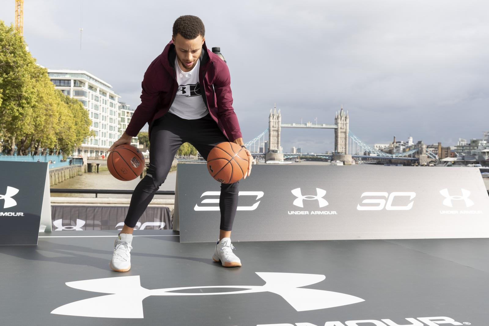 02e7f55876cb The tour also served to showcase the release of the latest Under Armour Curry  5 colourways