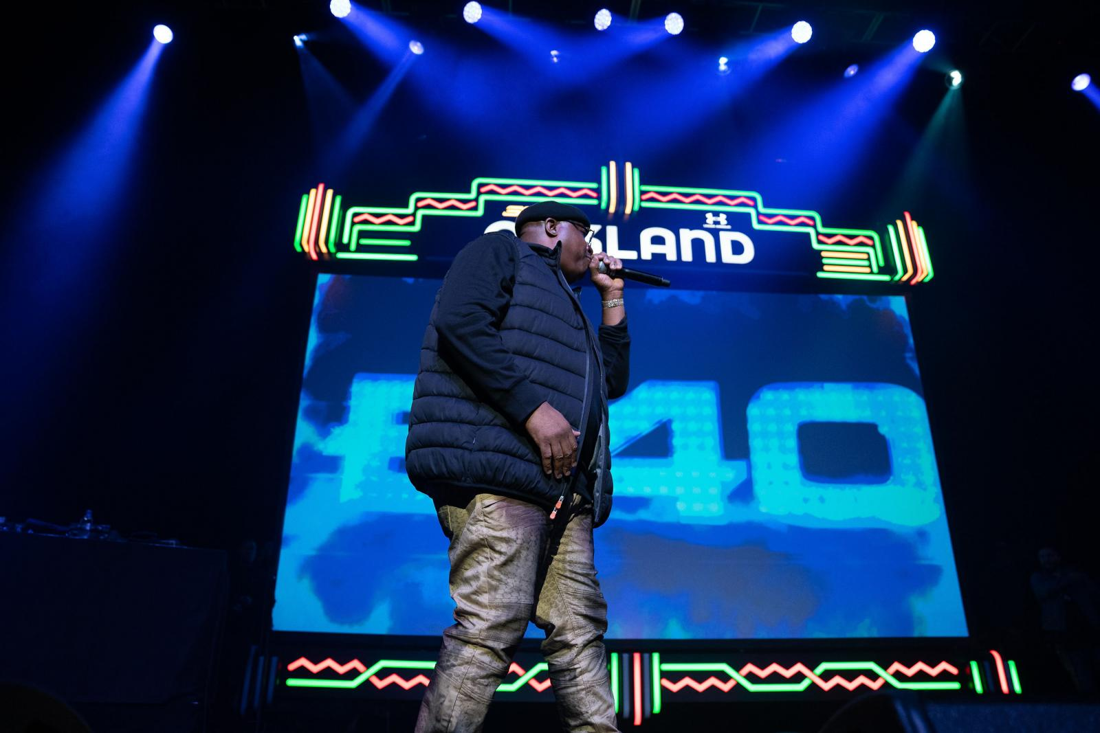 E-40 performs his hits
